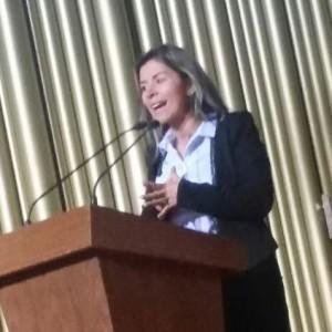 Angélica Ramírez durante su intervención en el foro. Fuente: Twitter
